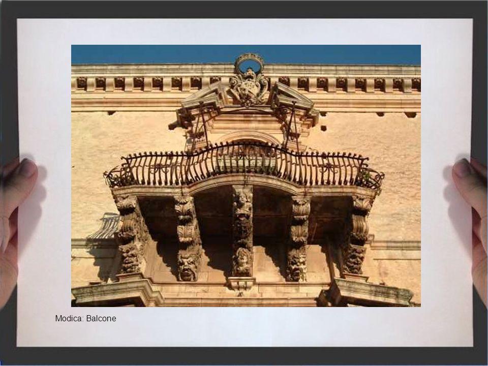 Noto, splendido Giardino di Pietra del settecento, è stata nominata nel 1970 dalla commissione europea Capitale Europea del Barocco, e dallUnesco città patrimonio mondiale, per arte, cultura e riserve naturali In antichità il Val di Noto, era un territorio della Sicilia Orientale che corrispondeva alla punta a sud dellisola, tra la provincia di Ragusa, di Siracusa e in parte di Catania.