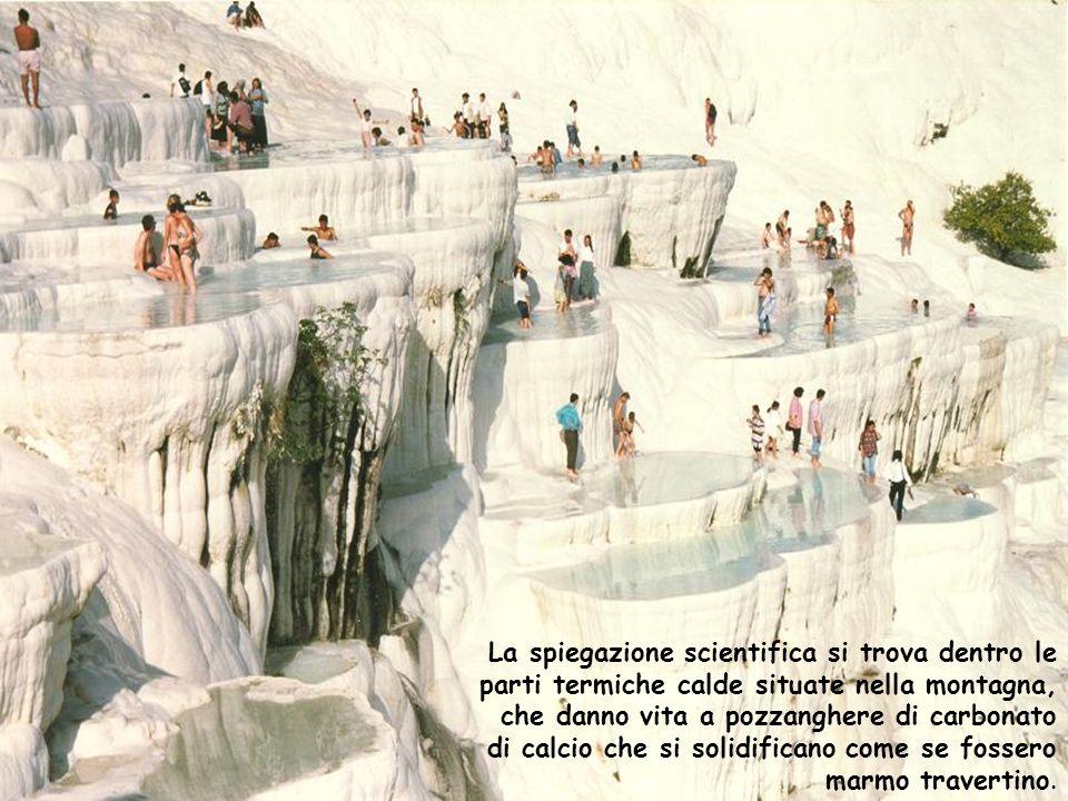 La spiegazione scientifica si trova dentro le parti termiche calde situate nella montagna, che danno vita a pozzanghere di carbonato di calcio che si