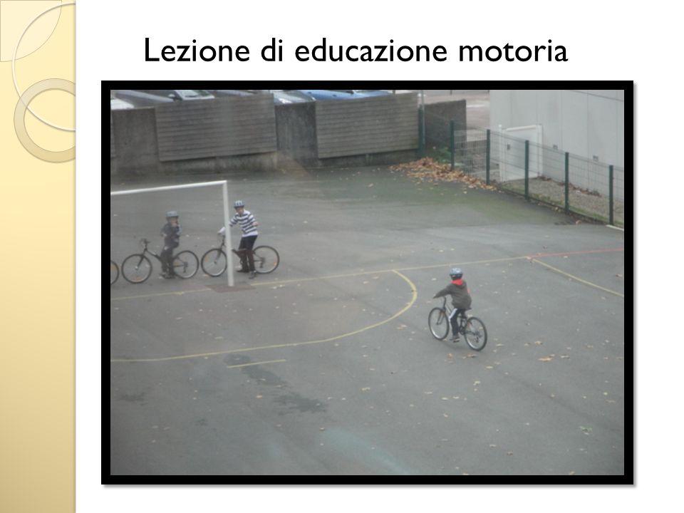 Lezione di educazione motoria
