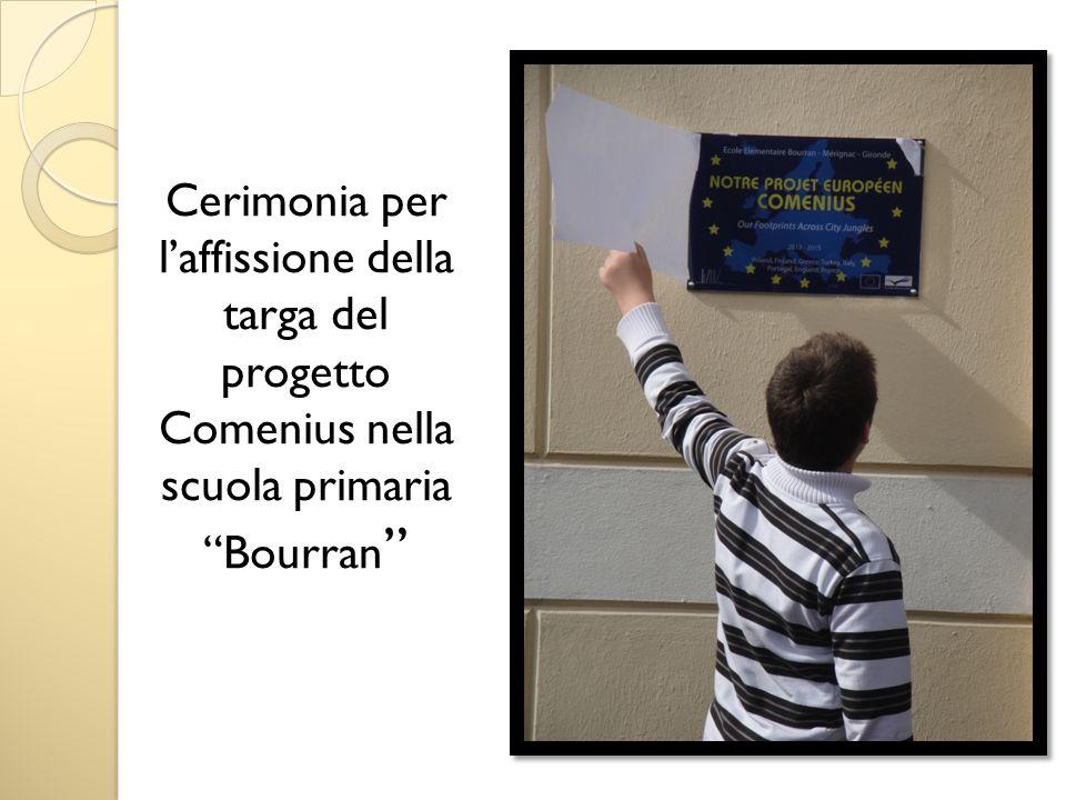 Cerimonia per laffissione della targa del progetto Comenius nella scuola primaria Bourran