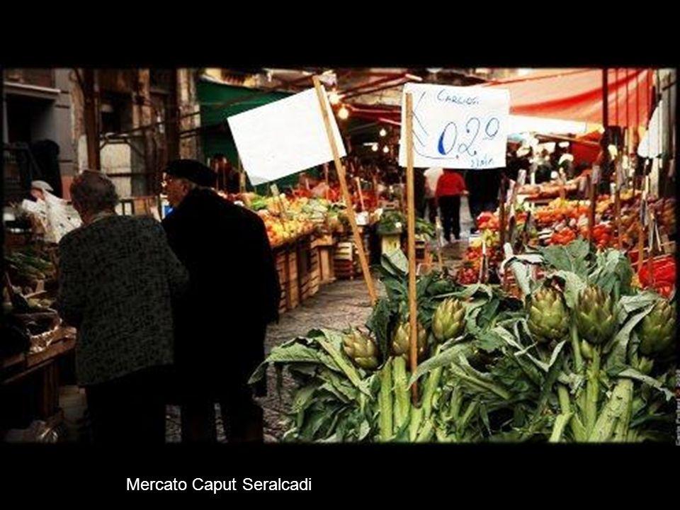 Mercato dei Panni San Agostino