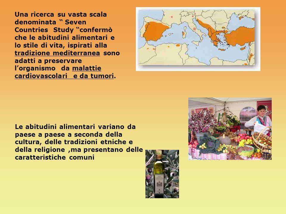 CRISPY MC BACON INGREDIENTI : Pane Lattuga Hamburger Formaggio Pancetta Pomodori Salse