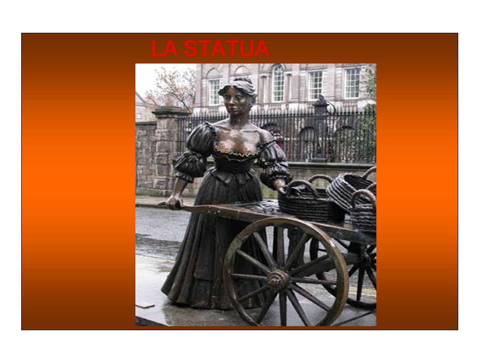 COCKLES AND MUSSELS Cockles and Mussels:questo motivo è linno ufficioso della città di Dublino e affianca linno nazionale irlandese Irelands Callduran
