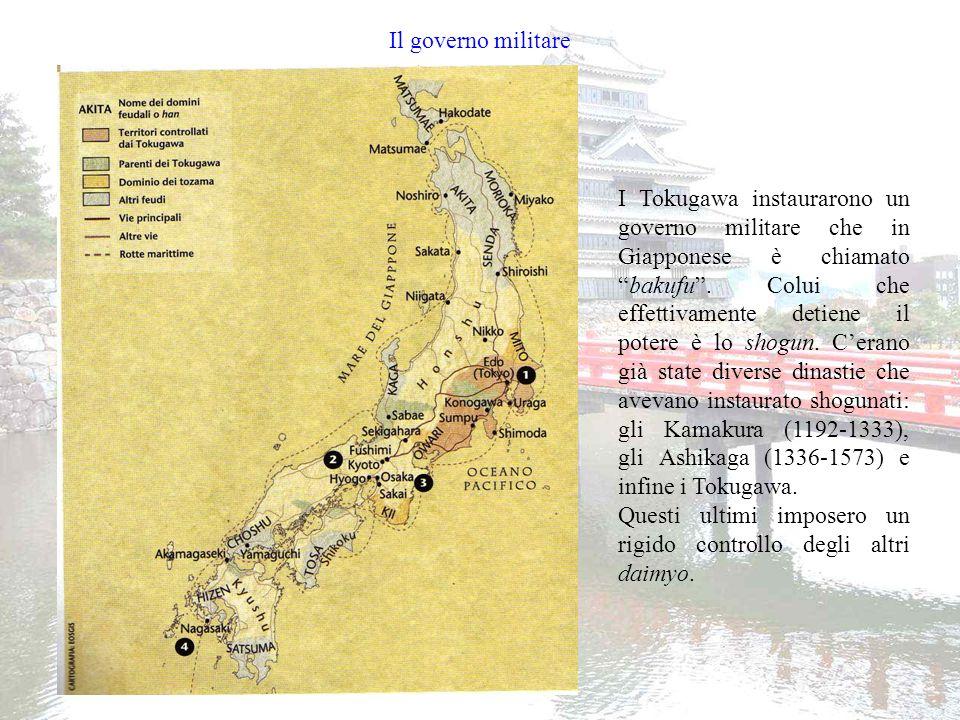 Il controllo sui daimyo Tokugawa Iemitsu, nipote di Tokugawa Ieyasu, instaurò nel 1634 il sistema sankin kotai, cioè della presenza alternata per meglio controllare i daymio.