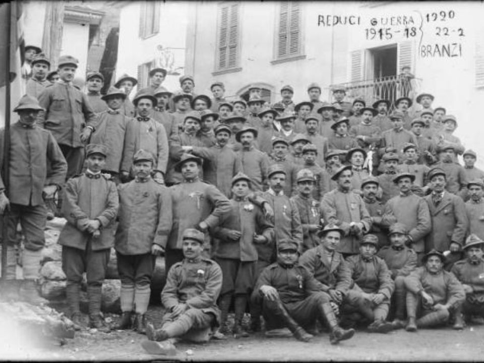 Le battaglie più importanti dellItalia furono … ISONZO: 11 battaglie dal 1915 al 1917.