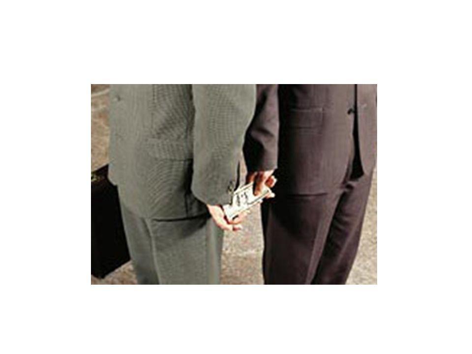 LEGALITÀ È …. … condannare l'usura... condannare la corruzione e la raccomandazione