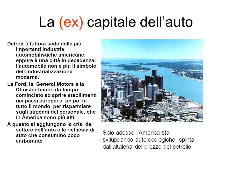 La (ex) capitale dellauto Detroit è tuttora sede delle più importanti industrie automobilistiche americane, eppure è una città in decadenza: lautomobile non è più il simbolo dellindustrializzazione moderna.