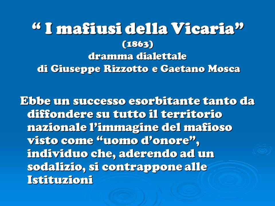 Seconda metà dellottocento In questi anni il termine mafia compare in documenti ufficiali e comunicazioni di funzionari dello Stato per indicare sia un modo di comportarsi estesamente diffuso nella società siciliana sia unassociazione a delinquere.