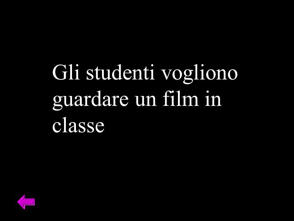 Gli studenti vogliono guardare un film in classe