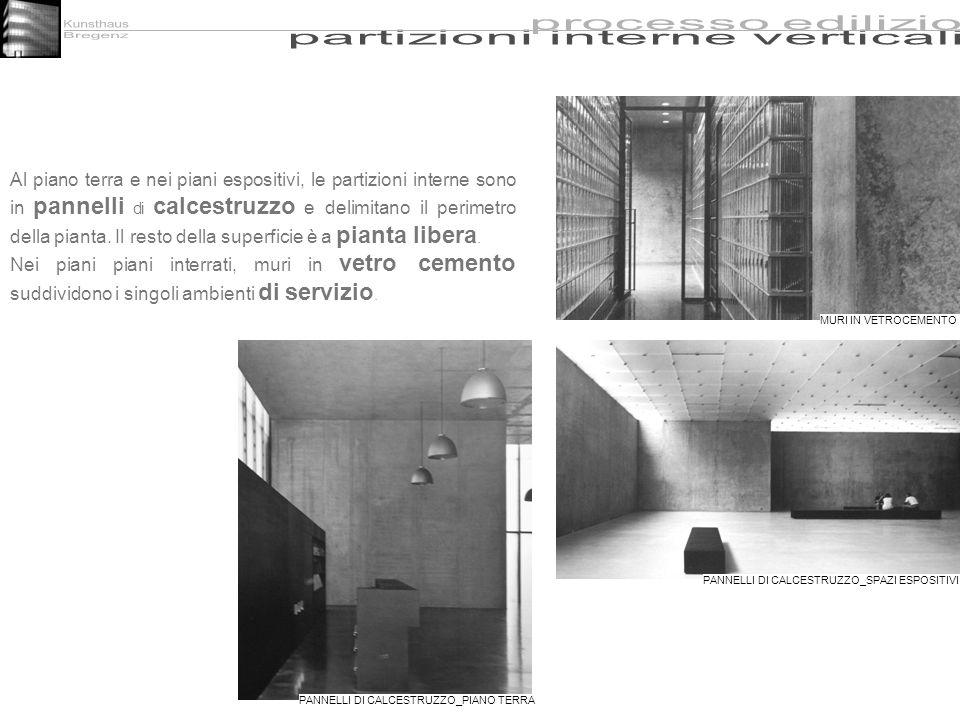 Al piano terra e nei piani espositivi, le partizioni interne sono in pannelli di calcestruzzo e delimitano il perimetro della pianta. Il resto della s