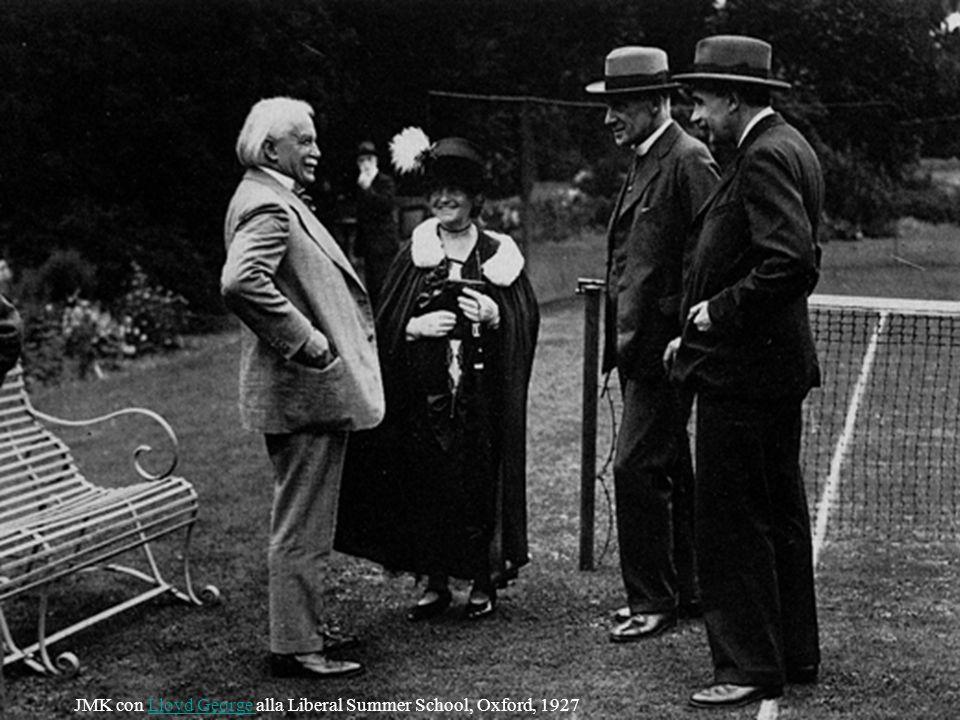 JMK con Lloyd George alla Liberal Summer School, Oxford, 1927Lloyd George