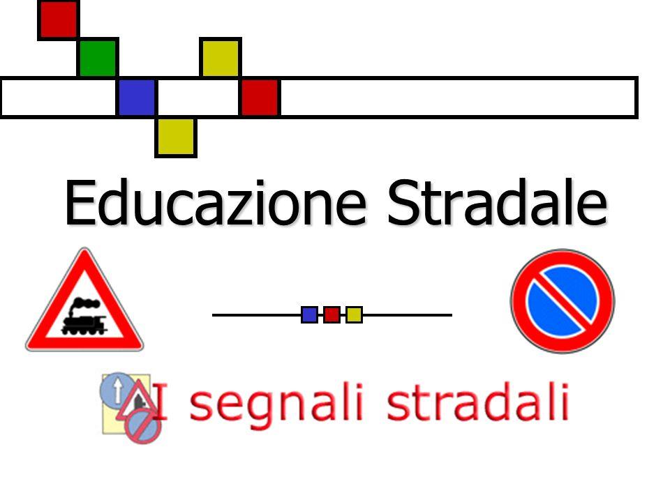 I segnali di indicazione Informazioni utili per la guida Strada trasversale con circolazione a senso unico Senso unico frontale Sottopassaggio pedonale Sovrappasso pedonale