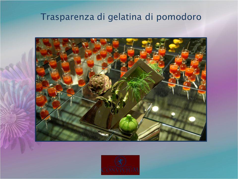 Trasparenza di gelatina di pomodoro