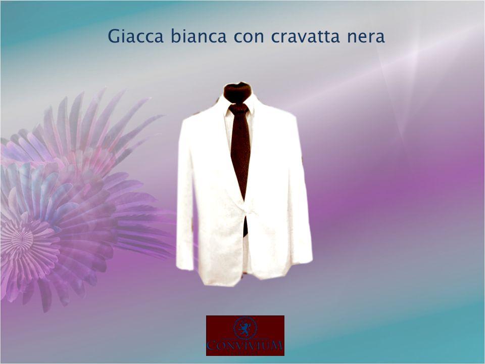 Giacca bianca con cravatta nera