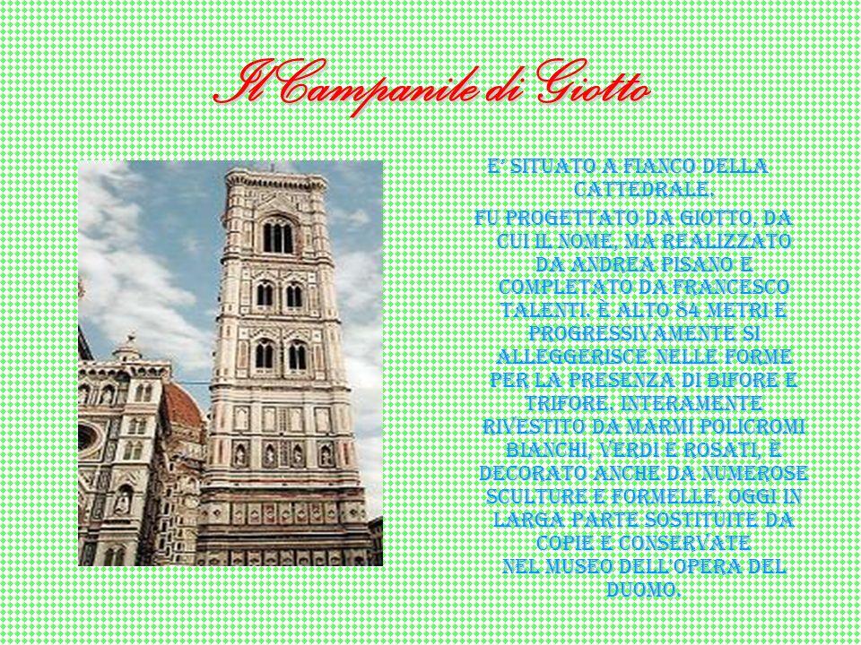 Piazza del duomo… Sorge nel cuore del centro storico di Firenze. È dominata dalla mole della cattedrale e degli edifici correlati come il Campanile di