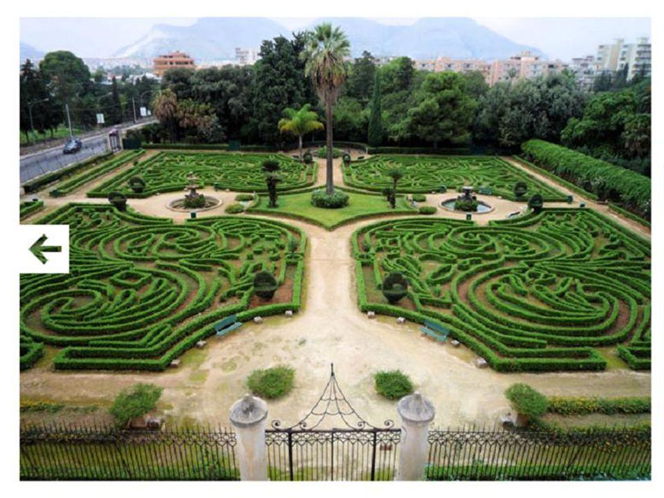 Nel Natale del 1798, in fuga dai tumulti di Napoli, sbarcò a Palermo la coppia reale Ferdinando di Borbone e Carolina, accolta favorevolmente dalla no