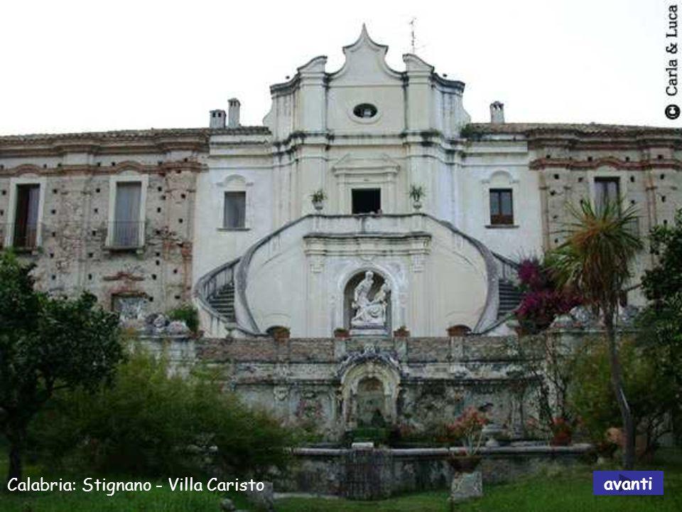 Calabria: Pizzo - Chiesa di Piedigrotta avanti