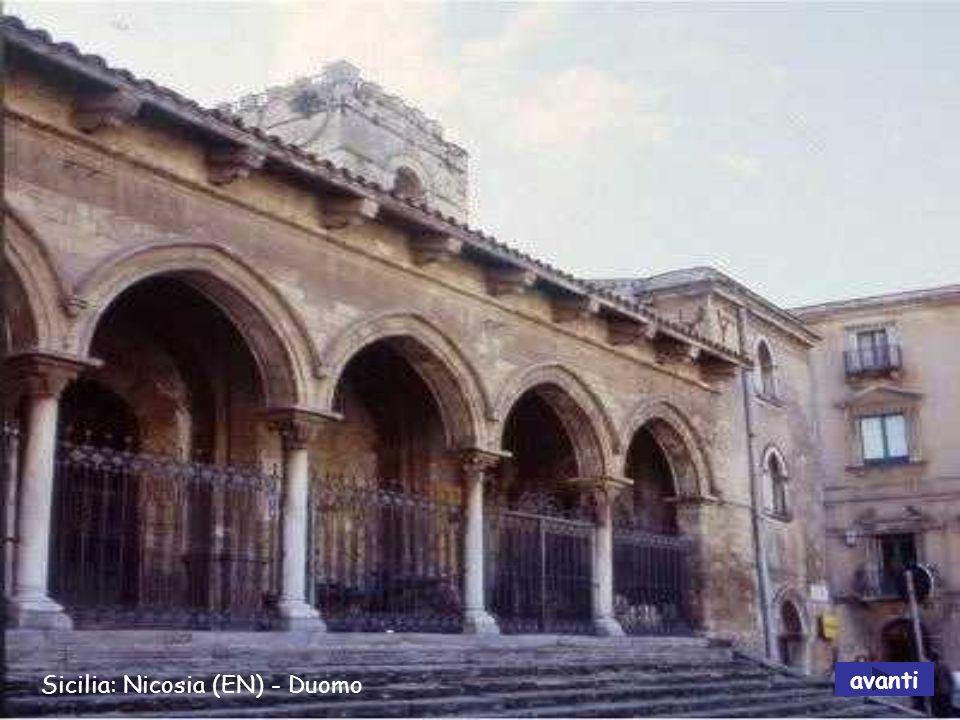 Sicilia: Nicosia (EN) - Duomo avanti