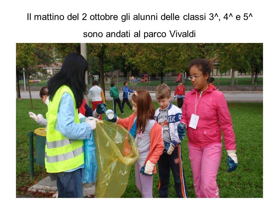 Il mattino del 2 ottobre gli alunni delle classi 3^, 4^ e 5^ sono andati al parco Vivaldi
