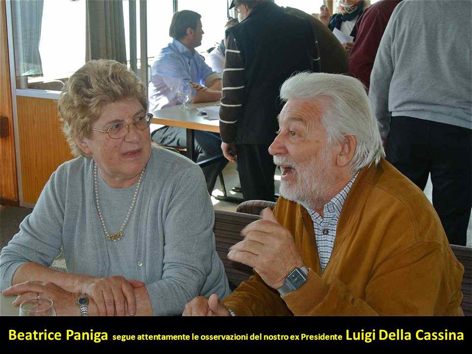Beatrice Paniga segue attentamente le osservazioni del nostro ex Presidente Luigi Della Cassina