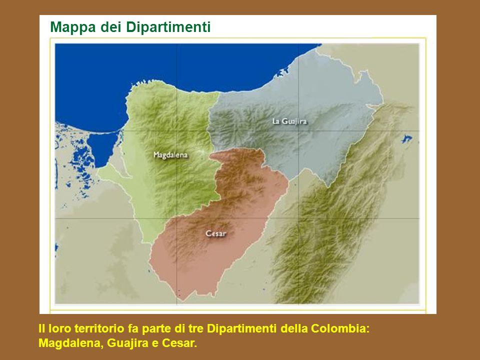 Gli ARHUACO condividono la Sierra Nevada de Santa Marta con i Kogi, i Wiwa, e i Kankuamos e anno accesso diretto al mar dei Caraibi. Mappa dei Territo