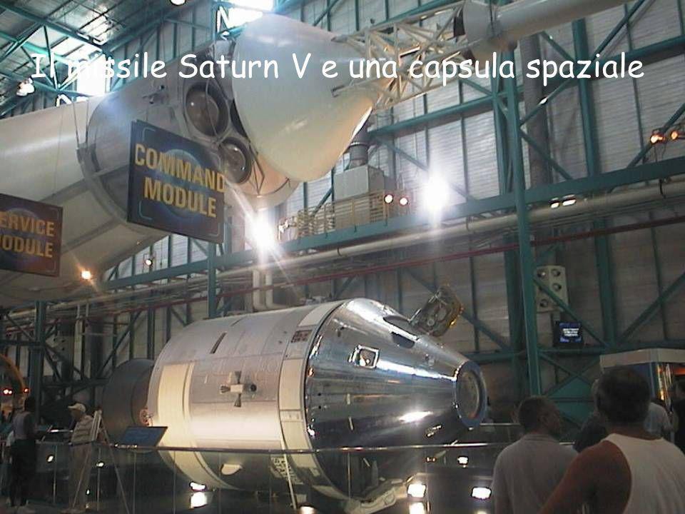 Il missile Saturn V e una capsula spaziale