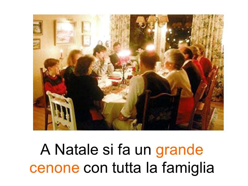 A Natale si fa un grande cenone con tutta la famiglia