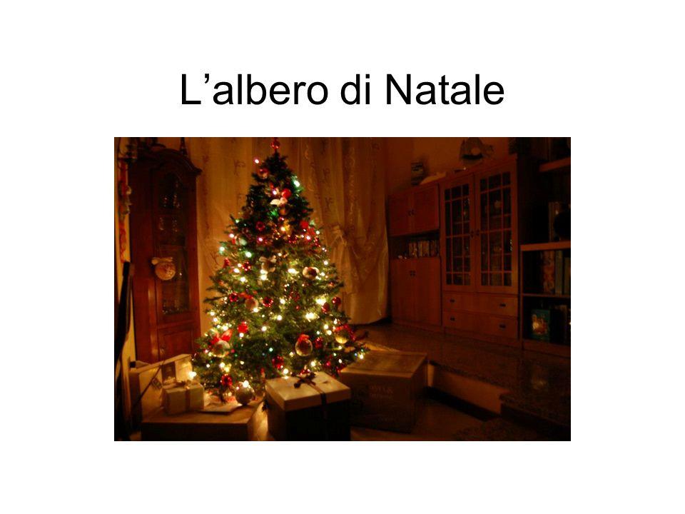 Il ceppo di Natale LAlbero di Natale