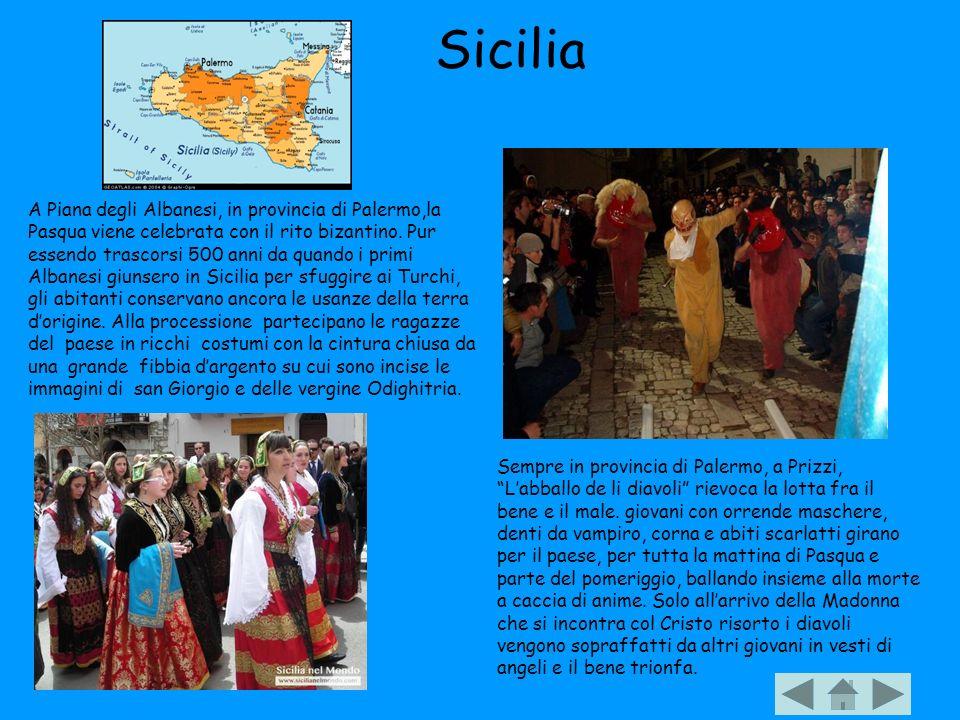 Sicilia Sempre in provincia di Palermo, a Prizzi, Labballo de li diavoli rievoca la lotta fra il bene e il male. giovani con orrende maschere, denti d