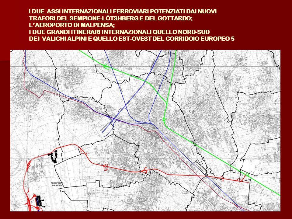 Occorre: Occorre: Favorire la creazione di punti di interscambio in localizzazioni strategiche (accessi alla città dalle principali infrastrutture) anche attraverso la previsione di parcheggi a corona del centro; Favorire la creazione di punti di interscambio in localizzazioni strategiche (accessi alla città dalle principali infrastrutture) anche attraverso la previsione di parcheggi a corona del centro; Favorire la mobilità sostenibile con lorganizzazione di percorsi ciclo-pedonali e lampliamento della zona pedonale del centro; Favorire la mobilità sostenibile con lorganizzazione di percorsi ciclo-pedonali e lampliamento della zona pedonale del centro; Completare gli assi di collegamento Nord/Sud ed Est/Ovest.