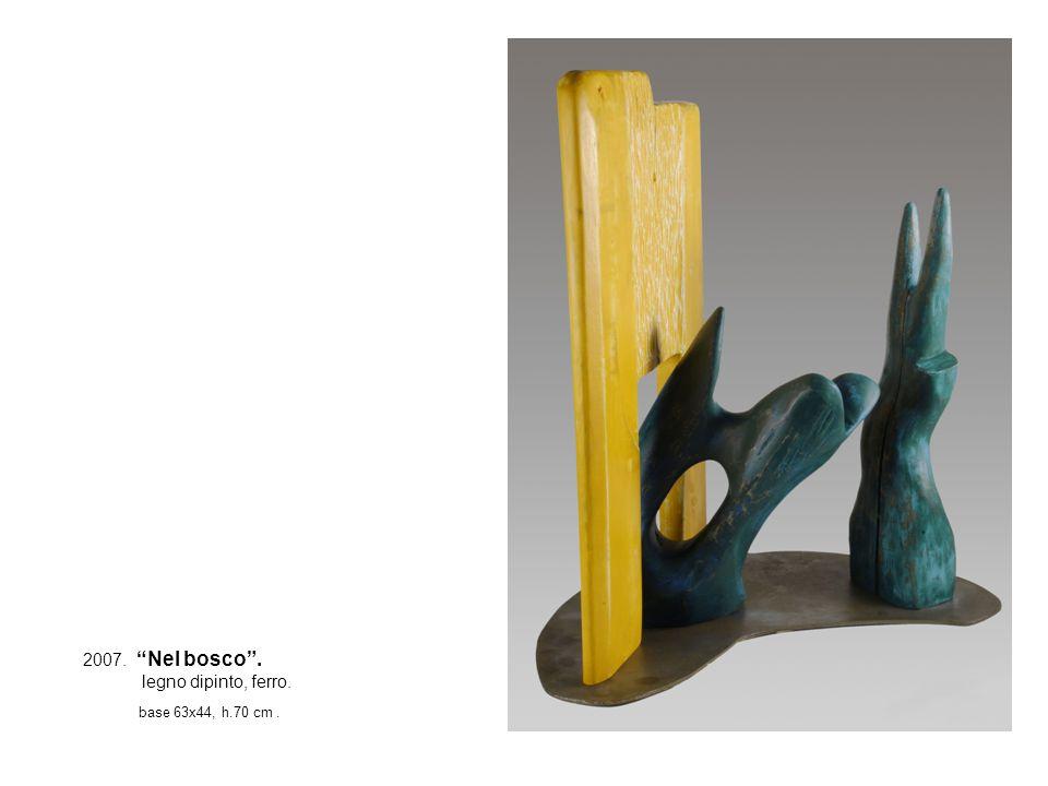 2007. Nel bosco. legno dipinto, ferro. base 63x44, h.70 cm.