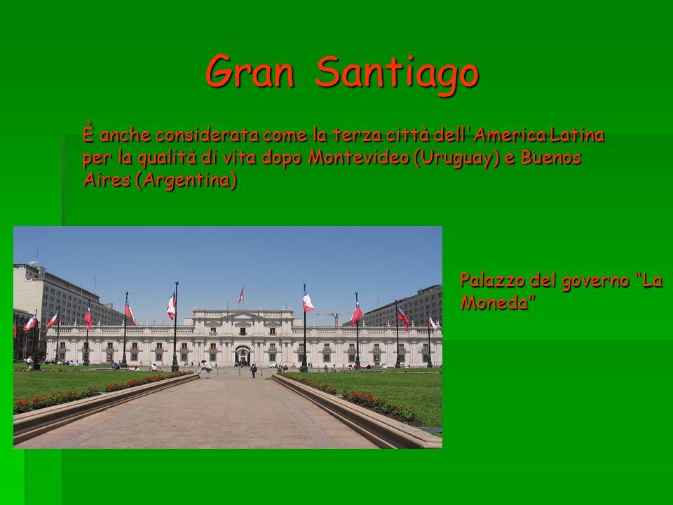 Gran Santiago È anche considerata come la terza città dell'America Latina per la qualità di vita dopo Montevideo (Uruguay) e Buenos Aires (Argentina)