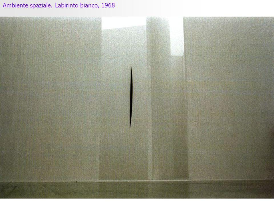 Ambiente spaziale. Labirinto bianco, 1968
