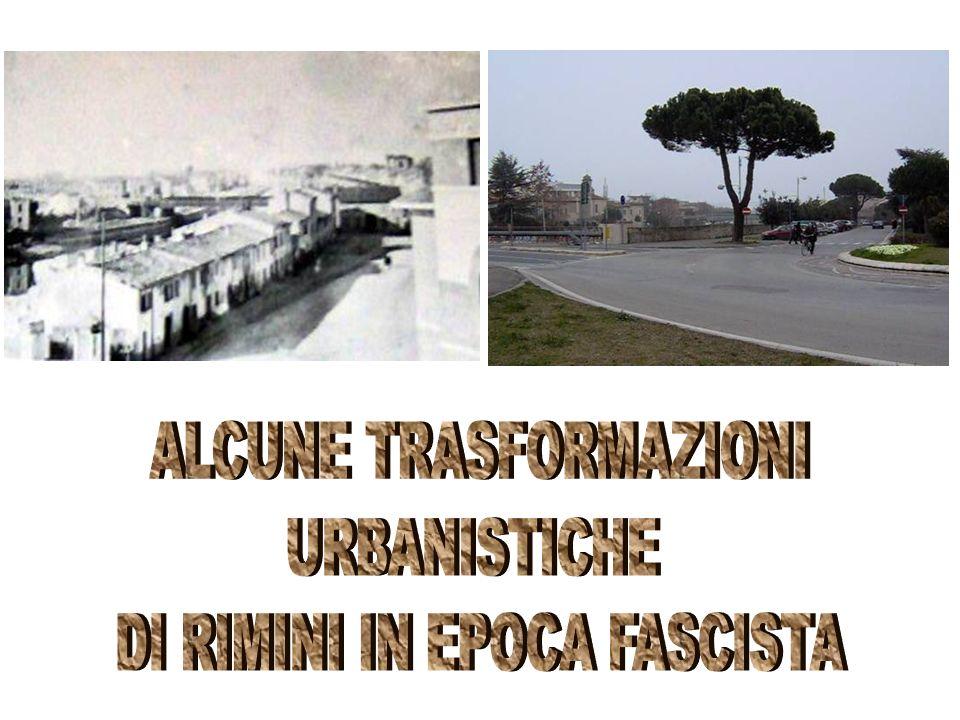 Mussolini nel 1933, per celebrare il natale di Roma, dona alla città di Rimini la statua di Giulio Cesare, copia di unopera custodita nei musei capitolini