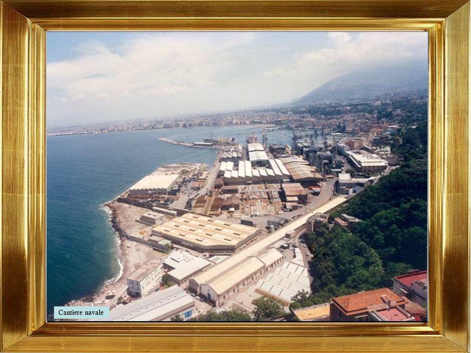 Il cantiere navale di Castellammare di Stabia, fondato nel 1783 dai Borboni è la più antica industria italiana, nonché il più antico e longevo cantier