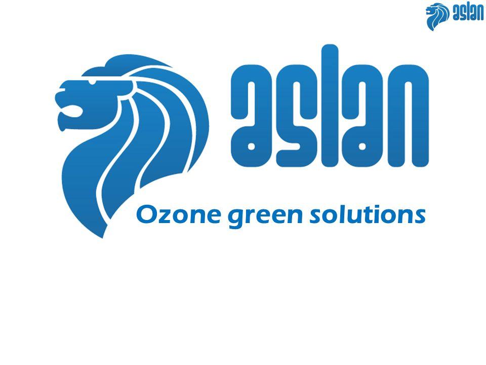 Ozono L ozono (O 3, stato allotropico dell ossigeno) e un gas instabile composto da tre atomi di ossigeno Lozono (O 3 ) è un gas naturale che non richiede e non lascia alcun residuo chimico e la cui produzione in loco è poco costosa L ozono è un forte agente ossidante, capace di reagire con sostanze organiche, e questa sua caratteristica è stata prontamente utilizzata in molti processi di trattamento acqua ed aria.