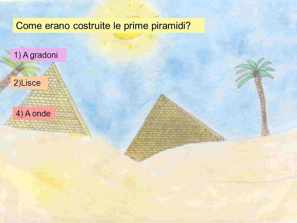 Come spostavano i blocchi di pietra lungo la piramide? 1. Li trasportavano le ruspe 2. Li trasportavano usando rampe, rulli e slitte 3. Li trasportava
