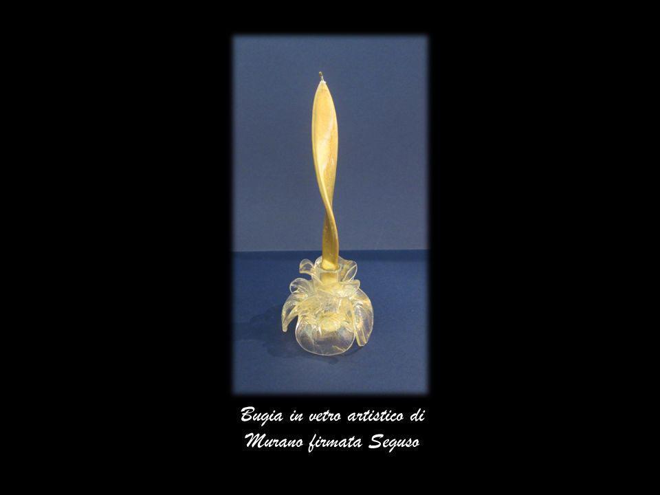Bugia in vetro artistico di Murano firmata Seguso