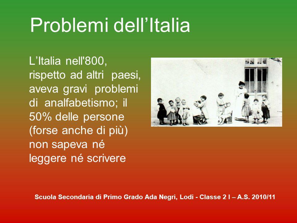 La scuola nel dopoguerra Nella Costituzione della Repubblica italiana viene stabilita l istruzione pubblica, gratuita e obbligatoria per almeno 8 anni.