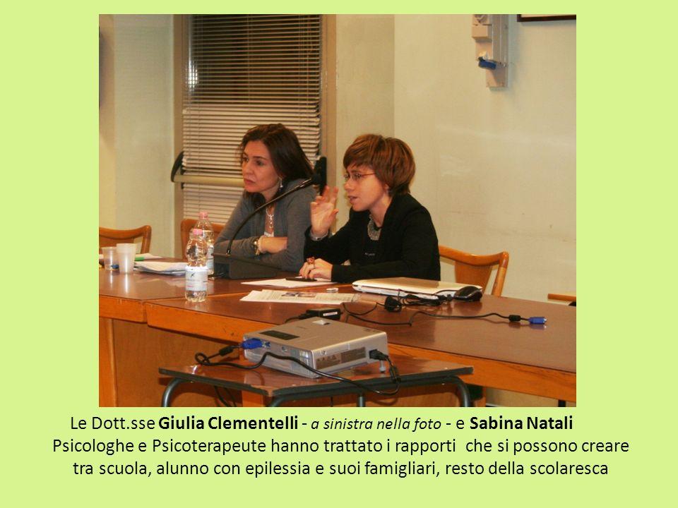 Le Dott.sse Giulia Clementelli - a sinistra nella foto - e Sabina Natali Psicologhe e Psicoterapeute hanno trattato i rapporti che si possono creare t