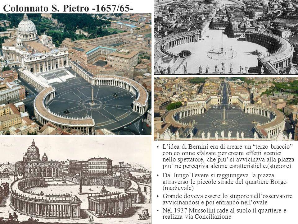 Lidea di Bernini era di creare un terzo braccio con colonne sfalsate per creare effetti scenici nello spettatore, che piu si avvicinava alla piazza pi