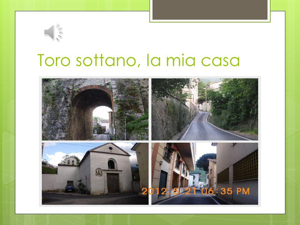 Il vicino e la vicina Una cappella privata di SantAntonio di Padova Un ponte ferroviario Ho due simpaticoni amici La cappella e il ponte che mi tengon
