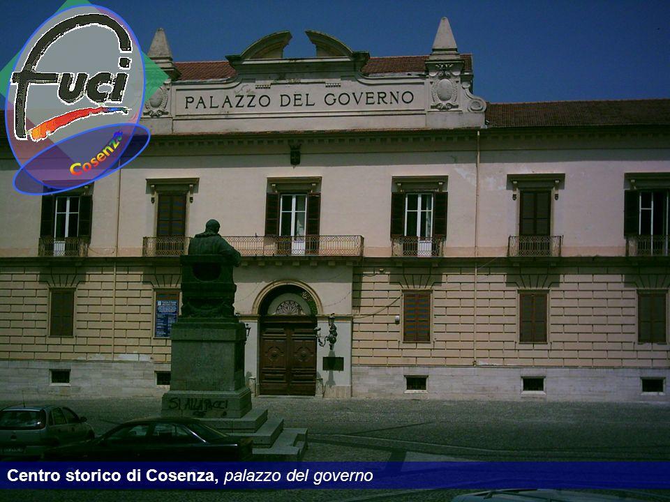 Centro storico di Cosenza, palazzo del governo