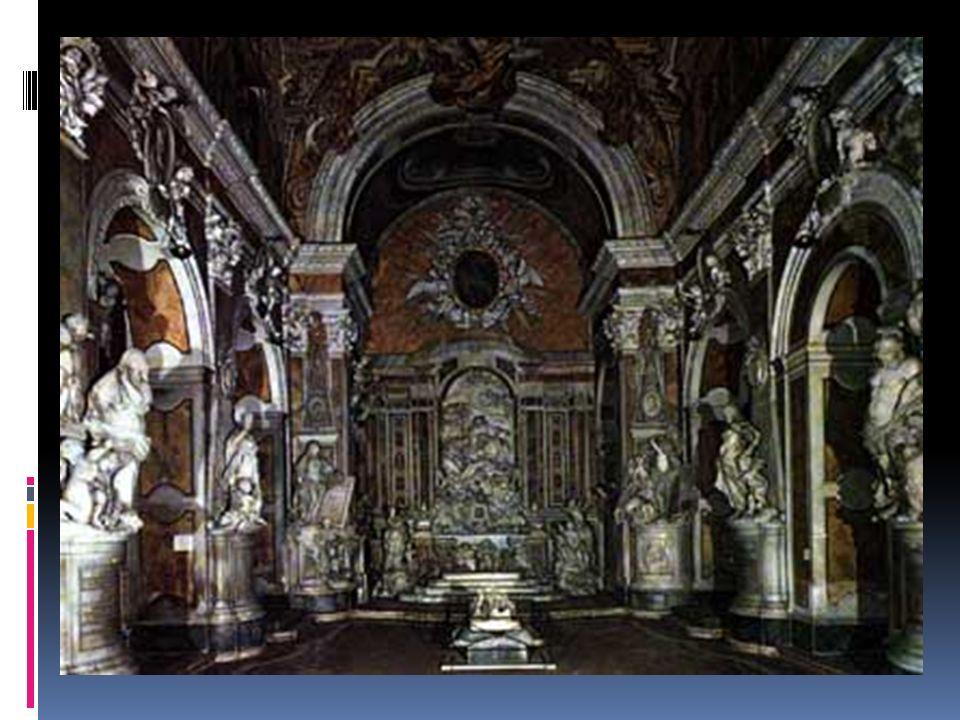 E quella stessa casa si pensò fosse arredata con oggetti malefici, come le sette sedie costruite con pelle e ossa di sette vescovi. Anche sulla cappel