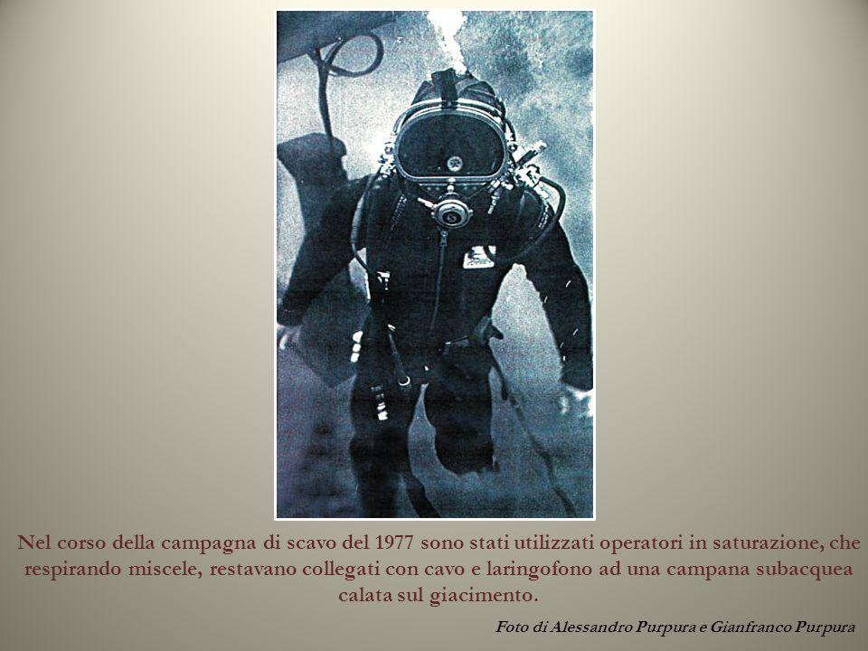 Foto di Alessandro Purpura e Gianfranco Purpura Nel corso della campagna di scavo del 1977 sono stati utilizzati operatori in saturazione, che respira