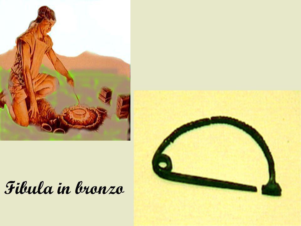 Fibula in bronzo