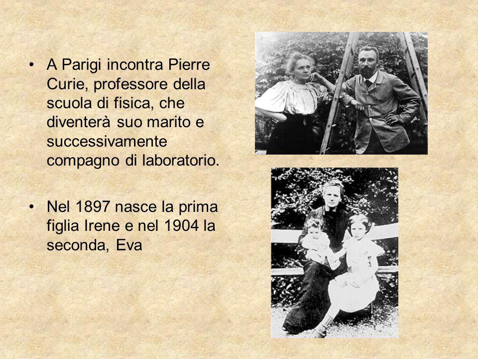 A Parigi incontra Pierre Curie, professore della scuola di fisica, che diventerà suo marito e successivamente compagno di laboratorio. Nel 1897 nasce