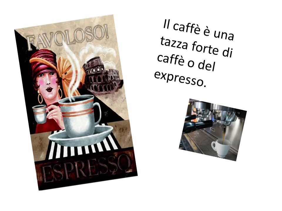Il caffè è una tazza forte di caffè o del expresso.