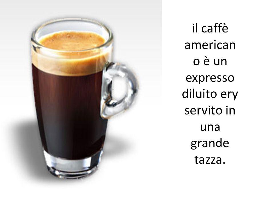 il caffè american o è un expresso diluito ery servito in una grande tazza.