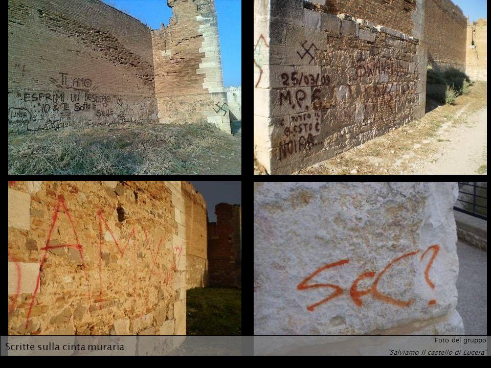 Scritte sulla cinta muraria Foto del gruppo Salviamo il castello di Lucera